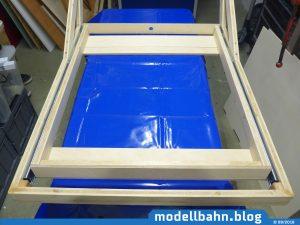 Rahmen mit eingeschobener_Schublade